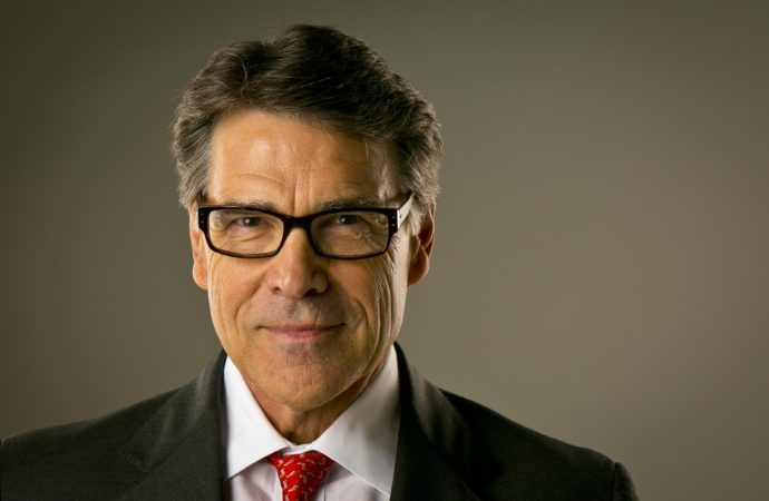 Trump Chooses Rick Perry for Energy
