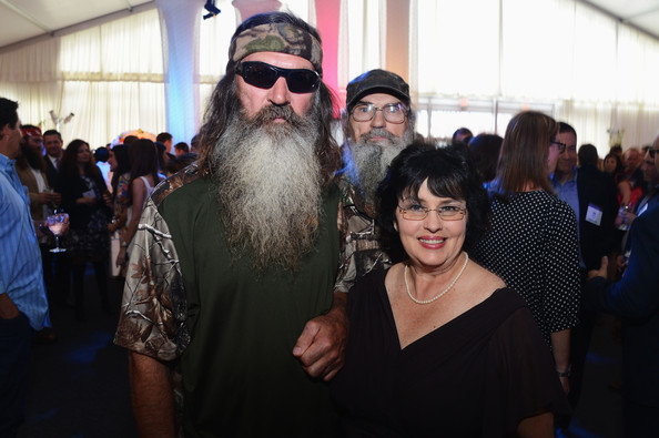 Uncle si before the beard - photo#48