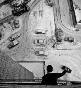 moving-car-with-hand-from-above-perfect-timing