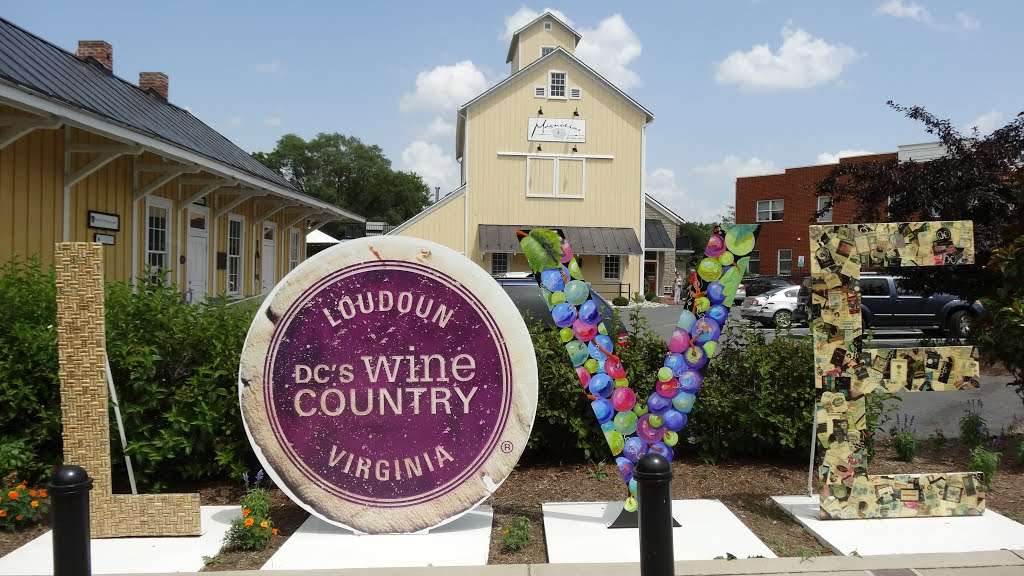 Purcellville love sign