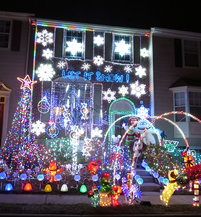 virginia is for lovers has a list of public christmas light displays all across the state - Christmas Lights In Dc