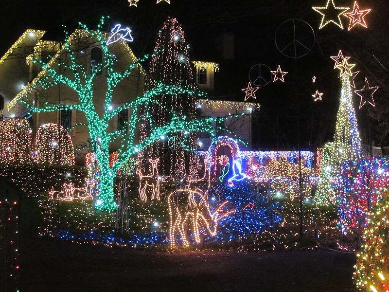 Tacky Christmas lights in Richmond and Northern Virginia - Tacky Christmas Lights In Richmond And Northern Virginia €� The Bull